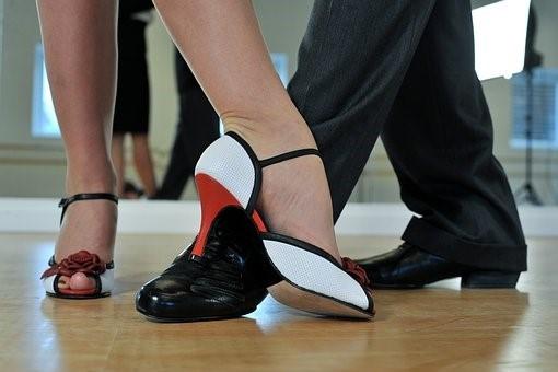 FamAcademy - Dancing